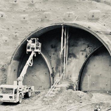 Deckert Consult GmbH Erfahrung Bauleitung Tunnel Euerwang Hebebühne Portal Nürnberg-Ingolstadt